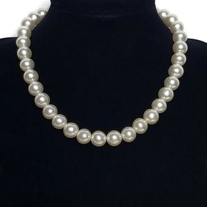 Vintage Japan Faux Pearl Choker Necklace